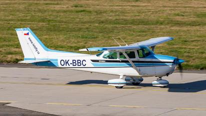 OK-BBC - Let's Fly Cessna 172 Skyhawk (all models except RG)