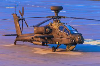 ZJ223 - British Army Westland Apache AH.1