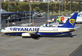 EI-GXK - Ryanair Boeing 737-8AS