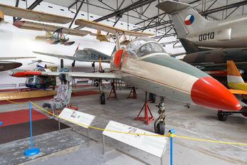3905 - Czechoslovak - Air Force Aero L-39 Albatros