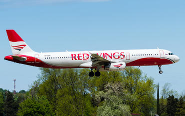 VP-BVQ - Red Wings Airbus A321