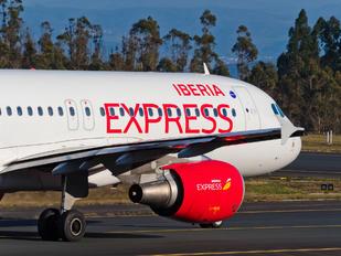 EC-ILQ - Iberia Express Airbus A320