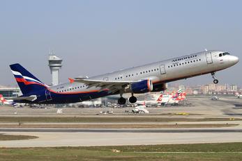 VP-BQR - Aeroflot Airbus A321