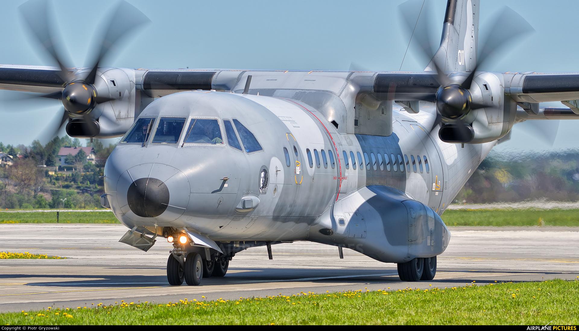 Poland - Air Force 011 aircraft at Kraków - John Paul II Intl