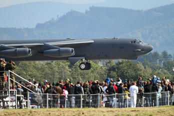 60-0031 - USA - Air Force Boeing B-52H Stratofortress
