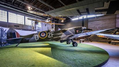 TB995 - Museum of Polish Aviation Supermarine Spitfire LF.XVIe