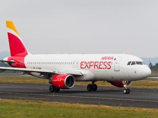 EC-MUK - Iberia Express Airbus A320