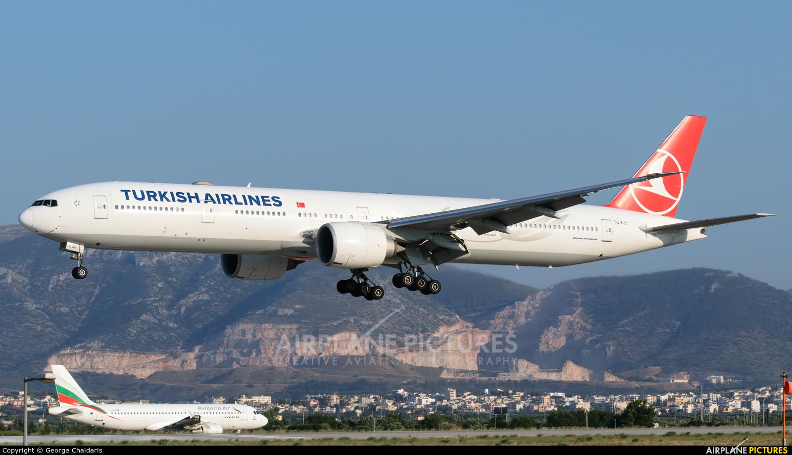 Turkish Airlines TC-LJJ aircraft at Athens - Eleftherios Venizelos