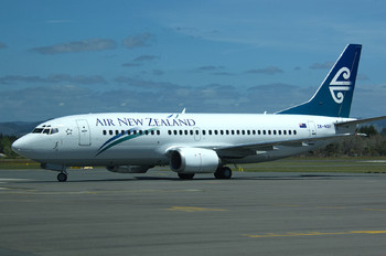 ZK-NGH - Air New Zealand Boeing 737-300