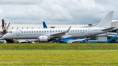 VH-UYC - Untitled Embraer ERJ-190-100 Lineage 1000