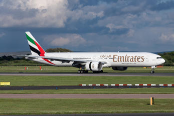A6-EGD - Emirates Airlines Boeing 777-300ER