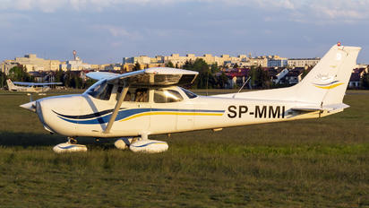 SP-MMI - Private Cessna 172 Skyhawk (all models except RG)