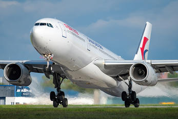 B-8863 - China Eastern Airlines Airbus A330-200