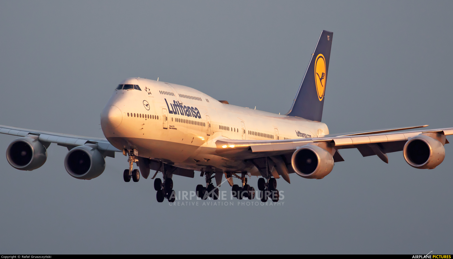 Lufthansa D-ABYG aircraft at Warsaw - Frederic Chopin