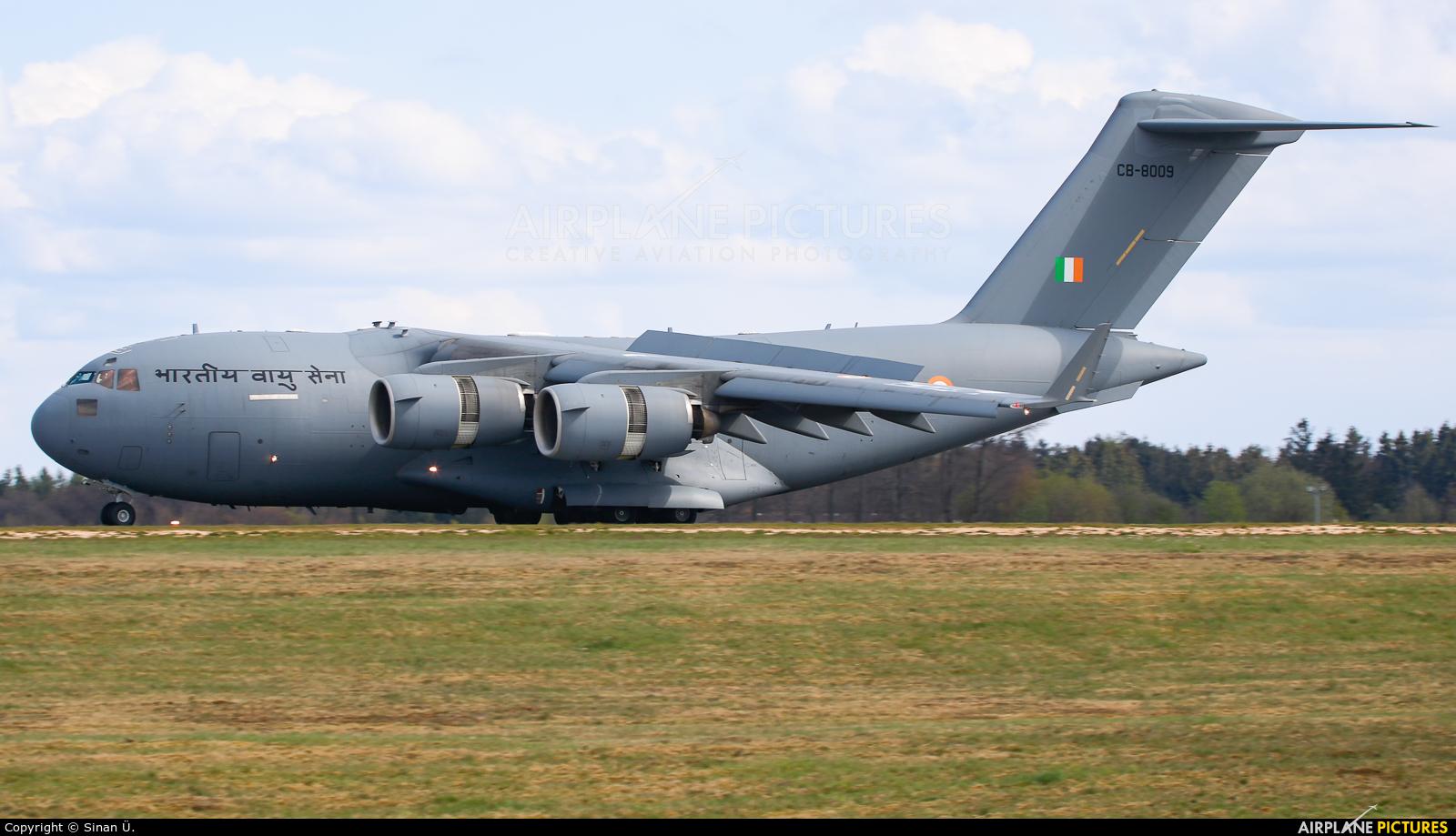 India - Air Force CB-8009 aircraft at Frankfurt - Hahn