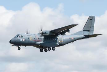 235 - France - Air Force Casa CN-235