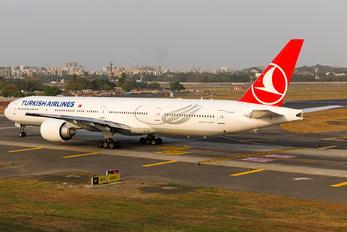 TC-LKA - Turkish Airlines Boeing 777-300ER