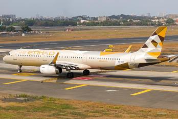 A6-AEF - Etihad Airways Airbus A321