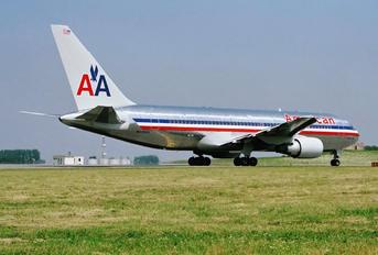 N339AA - American Airlines Boeing 767-200