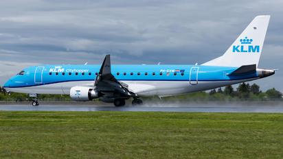 PH-EXW - KLM Cityhopper Embraer ERJ-175 (170-200)