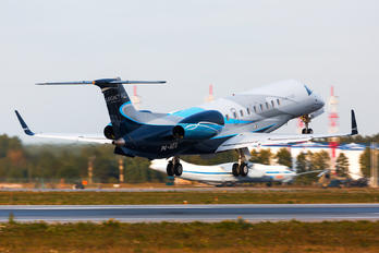 P4-AEG - Private Embraer ERJ-135 Legacy 600