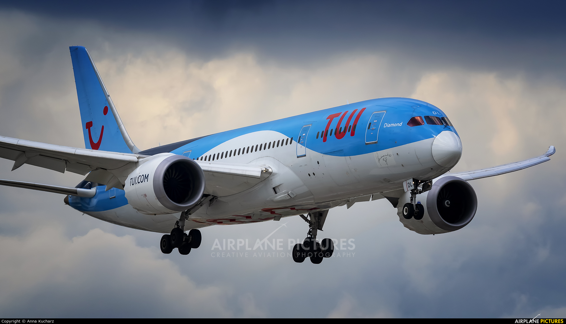 TUI Airlines Belgium OO-JDL aircraft at Warsaw - Frederic Chopin