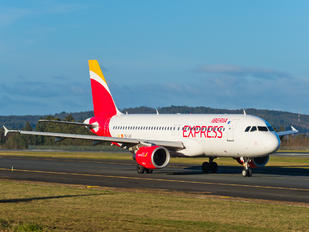 EC-LUC - Iberia Express Airbus A320