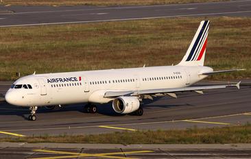 F-GTAX - Air France Airbus A321