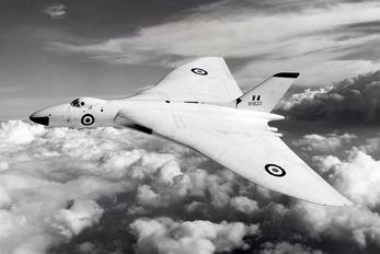 XH533 - Royal Air Force Avro 698 Vulcan B.2
