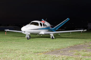 N177LN - Private Cirrus SF50-G2