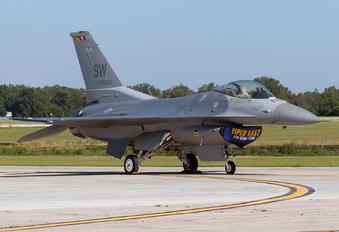 90-0806 - USA - Air Force General Dynamics F-16CJ Fighting Falcon