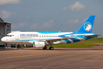 2-SSIA - Aero Mongolia Airbus A319
