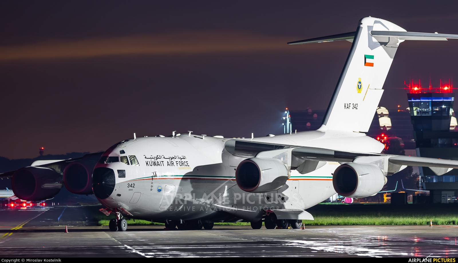 Kuwait - Air Force KAF342 aircraft at Ostrava Mošnov