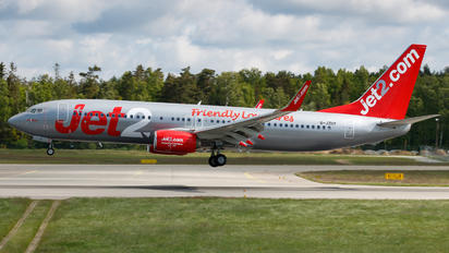 G-JZHY - Jet2 Boeing 737-8MG