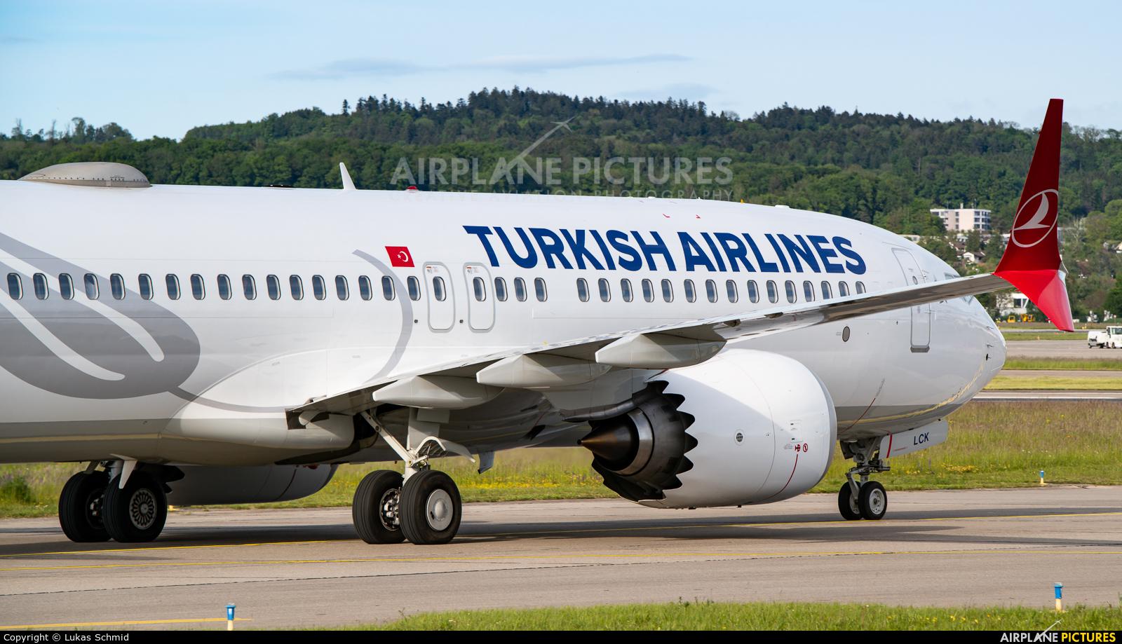 Turkish Airlines TC-LCK aircraft at Zurich