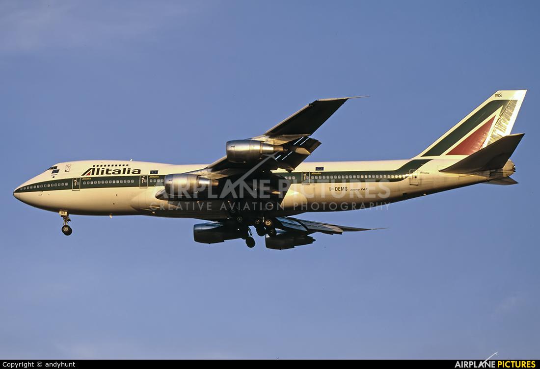 Alitalia I-DEMS aircraft at Singapore - Changi