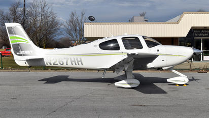 N267HH - Private Cirrus SR22T