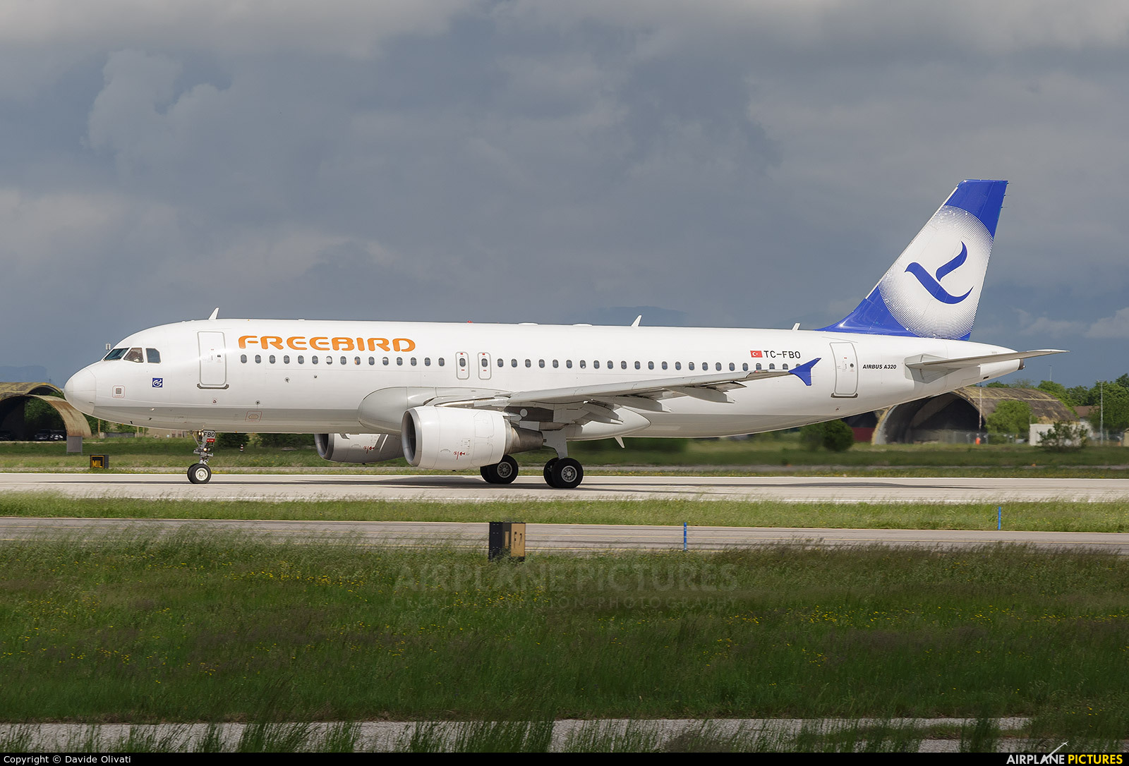 FreeBird Airlines TC-FBO aircraft at Verona - Villafranca