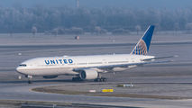N224UA - United Airlines Boeing 777-200 aircraft