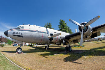 T.4-10 - Spain - Air Force Douglas C-54A Skymaster