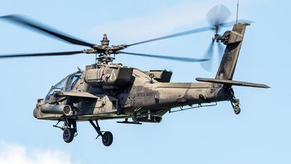 09-07060 - USA - Army Boeing AH-64D Apache