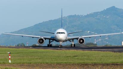 N130FE - FedEx Federal Express Boeing 767-300F
