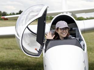 SP-4111 - - Aviation Glamour - Aviation Glamour - People, Pilot