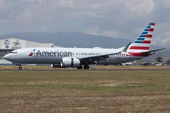 N326SJ - American Airlines Boeing 737-8 MAX