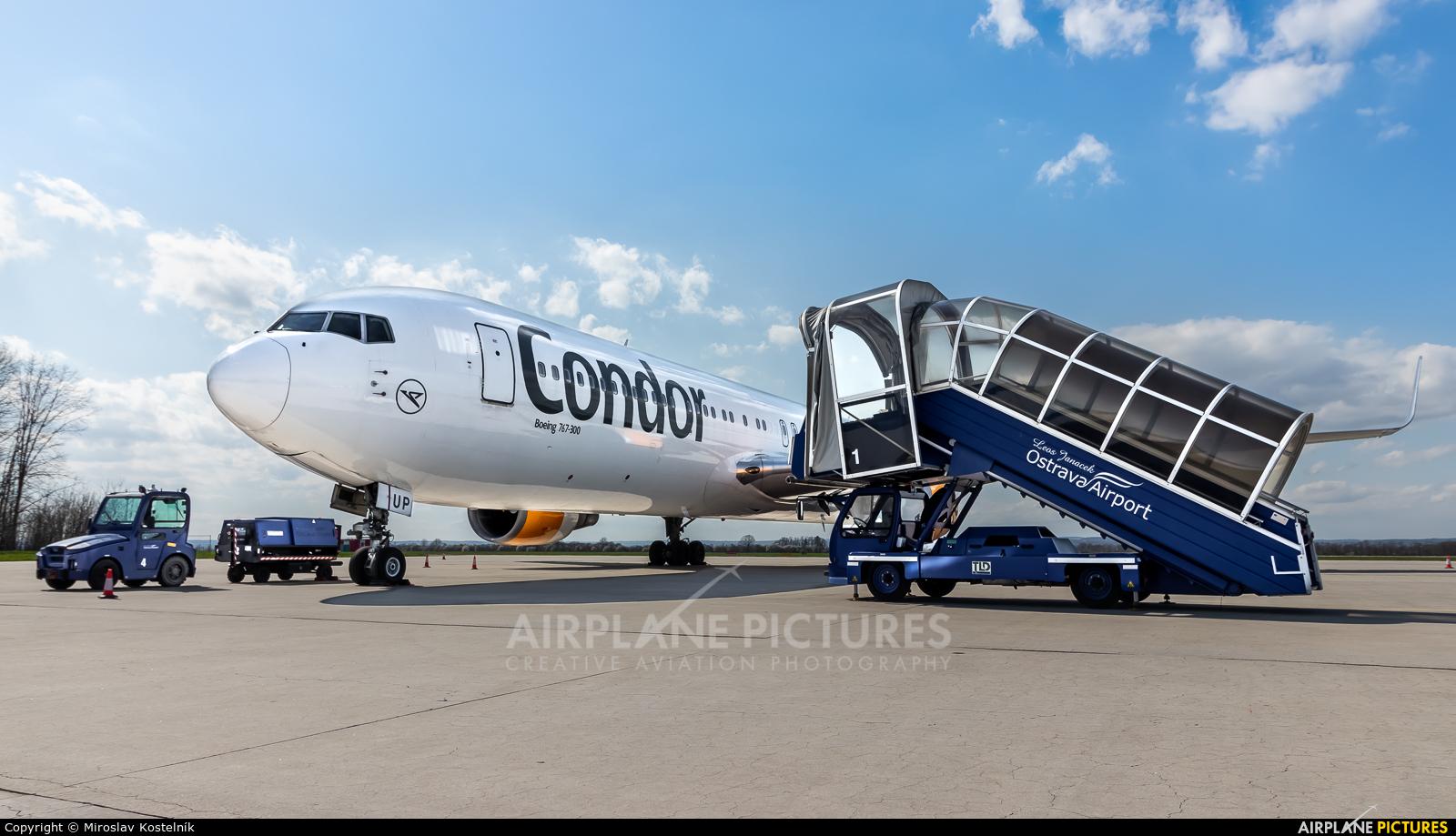 Condor D-ABUP aircraft at Ostrava Mošnov