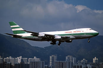 VR-HKG - Cathay Pacific Boeing 747-200