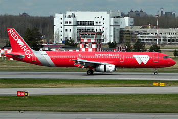 VP-BVW - Red Wings Airbus A321