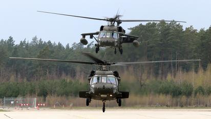 96-26706 - USA - Army Sikorsky H-60L Black hawk