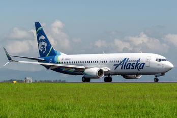 N564AS - Alaska Airlines Boeing 737-800