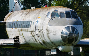 SP-LHB - LOT - Polish Airlines Tupolev Tu-134
